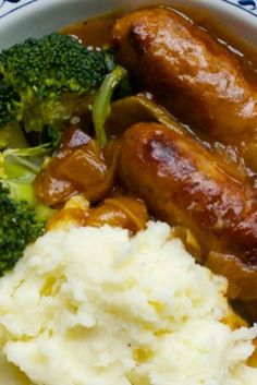 A super simple and delicious family meal...slow cooker sausages and onion