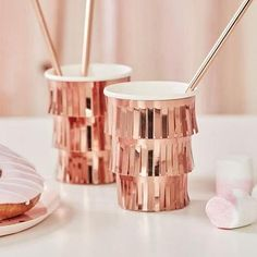 These fabulous rose gold fringe party cups will had glam and shimmer to the party tables! They're perfect for a rose gold themed bachelorette party or a bridal shower. Rose Gold Paper, Rose Gold Foil, Rose Gold Party Supplies, Bachelorette Party Cups, Bachelorette Decorations, Rose Gold Decor, Gold Color Scheme, Rose Pastel, Shops
