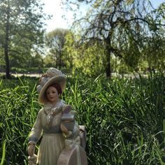 A scene from Grass Harp brought to life. After Midnight In The Garden of Good and Evil... Strolls in the #park #Capote style.  #kitsch #scene #doll #obtuse #oddball #myhumor #lenox #silly #grass #park #porcelain #collectibles #kookie #poser #instagram #storytelling #fun #smile #photo #photography #reddit #instadaily #book #southern #grassharp #goodale #lifeincbus #asseenincolumbus #artmakescbus by sheconley