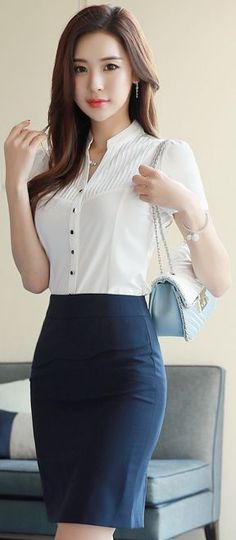 *love this top! Helen Ryuzaki, female private detective, commencing an investigation, wearing her pencil skirt. Asian Fashion, Girl Fashion, Womens Fashion, Latest Fashion, Fashion Dresses, Fashion Tips, Asian Woman, Asian Girl, Asian Ladies