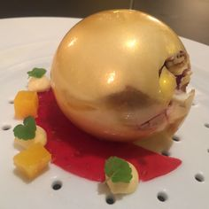 Peach Melba at Caelis a 1 starred Michelin restaurant #dessert #food #Michelin
