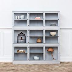 oliver furniture 091435 - Glass cabinet, large / grey
