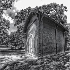 Oakwood cemetery building. #iphonephotography #iphoneography #bnw #bnw_captures #bnw_life #bnw_society #bnwphotography #bnw_planet #adrianmichigan #cemetery