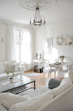 lovely, nice relaxing living room Look how tall the ceilng is! Shabby Chic Homes, Shabby Chic Decor, Living Room Decor, Living Spaces, Deco Addict, White Rooms, Deco Design, White Houses, White Decor