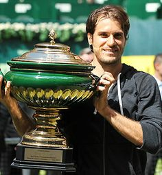 Tommy Haas - I love the new haircut!  He looks better than ever!