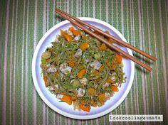 Lookcool...λεια γεύματα! : Noodles κολοκυθιού με κοτόπουλο