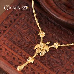 Buy Cultured Style Flower Gold Necklace from GRT Oriana Online Hallmarked and certified along with trust of GRT Jewellers. Gold Ring Designs, Gold Bangles Design, Gold Earrings Designs, Gold Mangalsutra Designs, Gold Chain Design, Gold Jewellery Design, Gold Jewelry Simple, Golden Jewelry, Gold Necklace