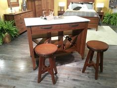 Causal dining with built in wine racks! Awesome look! #hpmkt