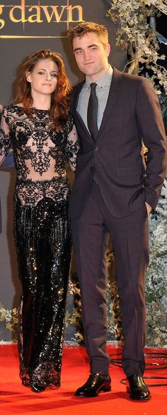 Kristen Stewart and Robert Pattinson at the Breaking Dawn 2 premiere in London - November 2012
