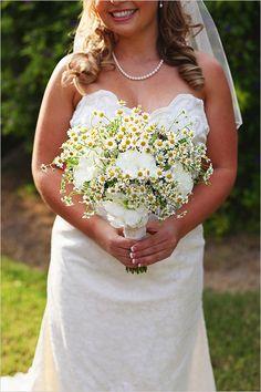 Che bel bouquet di margherite! Daisy bridal bouquet by Lanfranco & Co