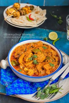 Veg Tikka Masala, a curry made using grilled vegetables is sure to impress you. Here is a tried and tested recipe and you must definitely try it! Grilled Vegetable Recipes, Grilled Vegetables, Veg Recipes, Vegetable Dishes, Grilling Recipes, Indian Food Recipes, Recipies, Vegetable Ideas, Vegetable Garden