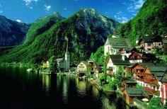 20 Charming Places That Everyone Should Visit One Day, Hallstatt Austria
