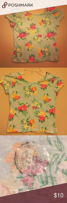 SO girls floral crop top This crop top has no rips or stains. Never worn. Very comfortable and stretchy. SO Shirts & Tops Tees - Short Sleeve