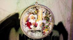 Decoupage on Christmas ball with Calambour rice paper Christmas Balls, Christmas Angels, Christmas Crafts, Christmas Decorations, Xmas, Christmas Ornaments, Holiday Decor, Decoupage Tutorial, Decoupage Box