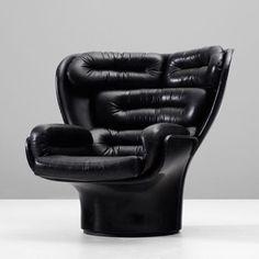Iconic 70s chair by Joe Colombo.
