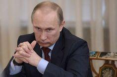 """Накануне выборов в Госдуму РФ Путин будет нагнетать ситуацию на Донбассу – эксперт http://ukrainianwall.com/politics/nakanune-vyborov-v-gosdumu-rf-putin-budet-nagnetat-situaciyu-na-donbassu-ekspert/  Владимир Путин. Фото: AFPСитуация на востоке Украины будет обостряться и далее. Такое мнение у себя в facebook высказал политтехнолог Тарас Березовец.""""Накануне выборов в Госдуму Путин будет и дальше нагнетать ситуацию."""