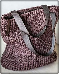 ( Backpack and Handbag Designs) Love, March Crochet Bag Pattern Ideas.( Backpack and Handbag Designs) 2019 March Crochet Bag Pattern Ideas - Page 7 of 107 - Womens ideas carry on. Cute Crochet, Beautiful Crochet, Crochet Pattern, Bag Pattern Free, Pattern Ideas, Bag Patterns, Knitting Patterns, Knitting Tutorials, Pattern Designs