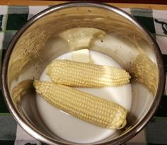 Instant Pot Pressure Cooker Corn on the Cob | This Old Gal (www.ChefBrandy.com)