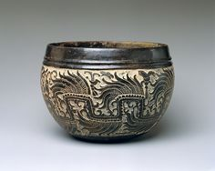 Carved Blackware bowl from Guatemala or Mexico, 600 AD (Metmuseum)