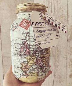 Mundo mapa viaje mason jar hecho a mano. Página de