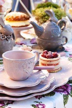 High Society Tea with Raspberries