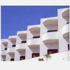 Bauhaus Architecture, White City, Tel Aviv #DDBChicagoBootcamp #Application