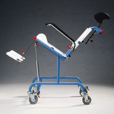 Etac Tripp Tilt (Kinderrolstoel, Douche Toilet Rolstoel Shower and commode wheelchair for children)