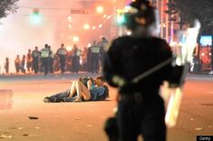 Love and Hockey: Riots in Vancouver after losing Stanley Cup 2011