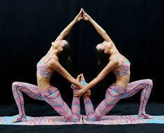, These Gorgeous Yoga Poses Will Blow Your Mind. , These Gorgeous Yoga Poses Will Blow Your Mind Group Yoga Poses, Couples Yoga Poses, Acro Yoga Poses, Yoga Poses For Two, Partner Yoga Poses, Yoga Poses For Beginners, Yoga Handstand, Dance Poses, Yoga Inspiration