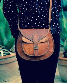 Sac à main, sac cuir, sac femme, classique , artisanal : Sacs à main par nousha