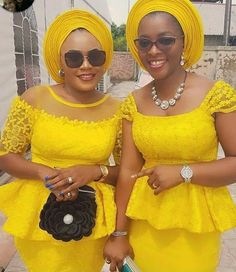 The Most Popular African Clothing Styles for Women in 2018 African Fashion Ankara, Latest African Fashion Dresses, African Dresses For Women, African Print Dresses, African Print Fashion, Africa Fashion, African Attire, African Women, African Lace Styles