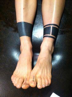 Blackwork leg bands