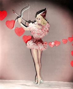 Betty Grable - Valentine pin up, 1937 Valentines Gifts For Boyfriend, My Funny Valentine, Vintage Valentines, Vintage Holiday, Happy Valentines Day, Valentine Photos, Valentine Cupid, Valentine Nails, Saint Valentine