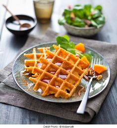 Butternut Pumpkin Waffle - A Vos Plates, Illustrated Cooking Recipes Healthy Cooking, Cooking Recipes, Drink Recipe Book, Waffle Bar, Pumpkin Waffles, Food Videos, Love Food, Brunch, Dessert Recipes