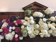 For Carmen #flowersofinstagram #flowerstagram #underthefloralspell #floralfix #fotd #weddingplanning #weddingflowers #weddinginspiration #palais #palaisflowers #bigblooms