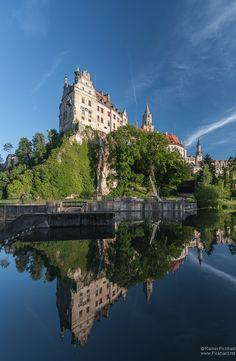 https://flic.kr/p/cguCZN | Schloss Sigmaringen ------ Sigmaringen Castle, Baden Württemberg South Germany - about 27 miles from my home.