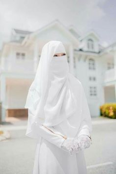 Arab Girls Hijab, Muslim Girls, Muslim Women, Hijab Niqab, Muslim Hijab, Hijab Wedding Dresses, Hijab Dress, Hijabi Girl, Girl Hijab