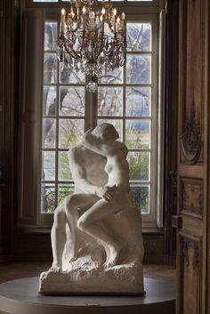 """""""Le Baiser"""" d'Auguste Rodin, Musée Rodin, Paris."""
