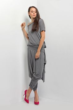Very comfortable set - top with short sleeve and nice pants everything in needed dark grey.