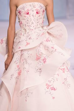 Ralph & Russo at Couture Fall 2016 (Details)