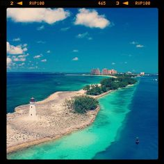 #TravelTuesday - Bahamas! The #Bahamas often known as the jewel of the #Caribbean is a collection of #islands just south of #Florida in the #Atlantic ocean. The options are endless in the Bahamas with tons of different islands and unique destinations to visit. Some of the most popular are the #Exumas (home of the swimming pigs!) New Providence (home of the capital city #Nassau!) and #Harbour Island (home of the pink-sand #beaches!). Which one would top your list? #beach #TheBahamas #pinksand…
