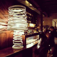 Lampe i Italiensk design, modell CURL MY LIGHT  #lampe #stålampe #gulvlampe #italiensk #interior #interiør #interiormirame #interiørmirame #design #oslo  #interiørpånett #nettbutikk #mirameinteriørogdesign #curly