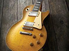 """Bernie Masden's Gibson Les Paul 1959 burst The Beast"""
