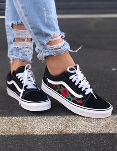 Women S Shoes With Memory Foam Refferal: 4118416824 Source by smillarodzis sneakers vans Vans Sneakers, Converse Shoes, Vans Shoes Fashion, Basket Vans, Custom Vans Shoes, Nike Custom, Cute Vans, Hype Shoes, Women's Shoes