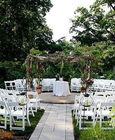 this would be perfect for the small and intimate wedding that I would want...and for the type of ceremony I plan to have