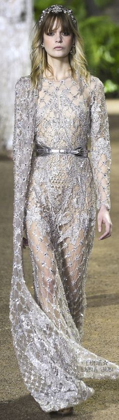 Elie Saab Spring 2016 Couture Fashion Show Couture Fashion, Runway Fashion, High Fashion, Fashion Show, Fashion Design, Paris Fashion, Women's Fashion, Elie Saab Couture, Elie Saab Spring