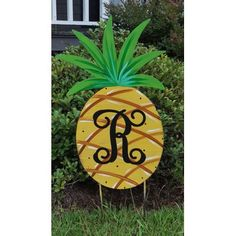 Southern Steel Designs Pineapple Yard Garden Art Customize: Yes Lawn And Garden, Garden Art, Yard Ornaments, Christmas Ornaments, Outdoor Tiki Bar, Porch Posts, Metallic Paint, Pineapple, Just For You