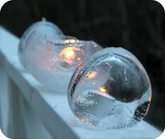 Iceballoon art