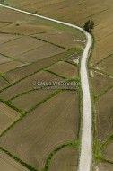 Estradas, caminhos e trilhas em https://www.fotografiasaereas.com.br/loja/categoria-produto/off-road/