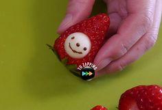 Muñeco de fresa con manzana